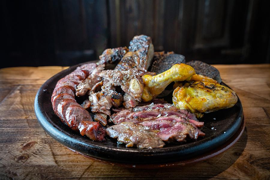 Carne a la Brasa Restaurante La Cartuja Centro Valladolid